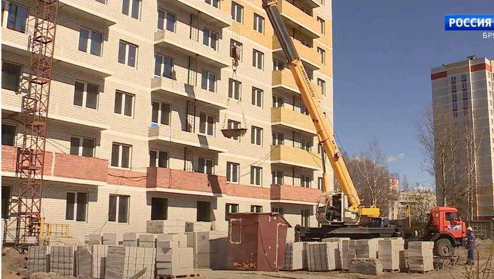 В Брянске возобновили строительство 16-этажного дома на Степной