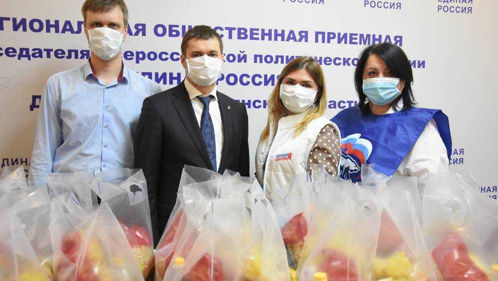Депутат областной Думы Роман Мимонов присоединился к работе волонтёрского центра «Единой России»