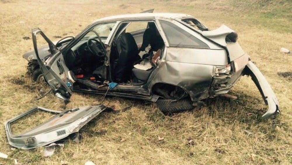 На дороге Брянск – Орел водитель вылетел в кювет и разбил машину