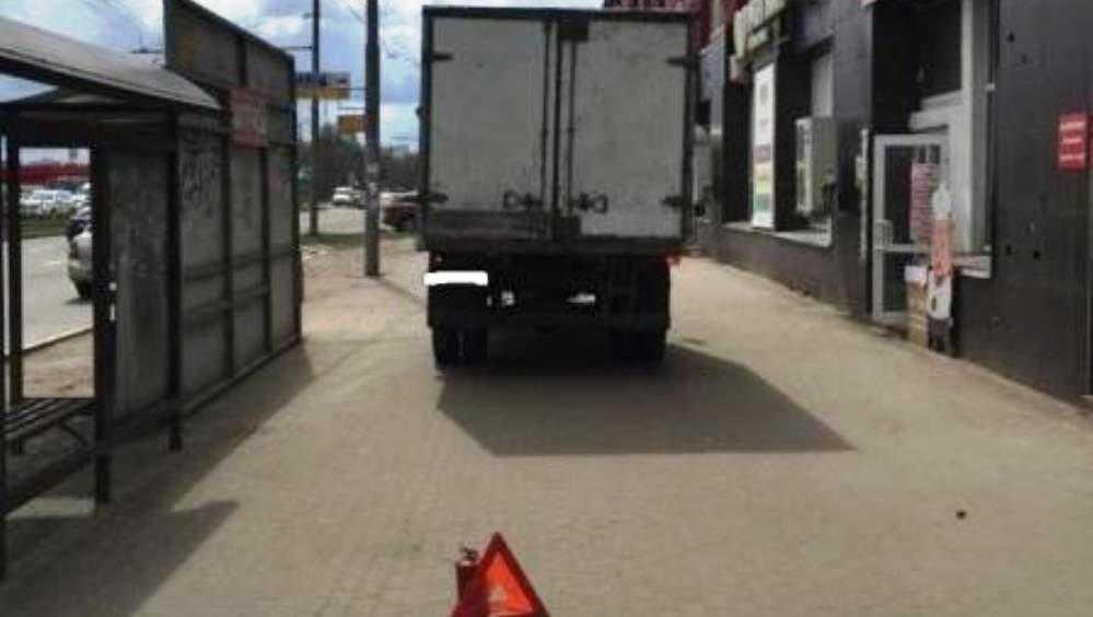 В Брянске «Газель» сбила 85-летнего пенсионера возле магазина