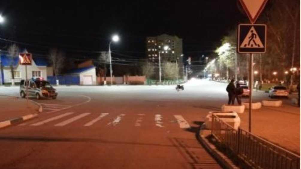 В Брянске мотоциклист на «зебре» покалечил 50-летнюю женщину