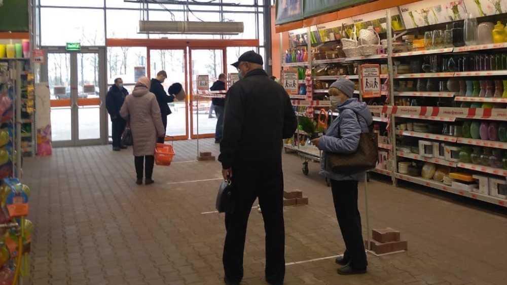 В Брянске гипермаркет OBI частично закрылся