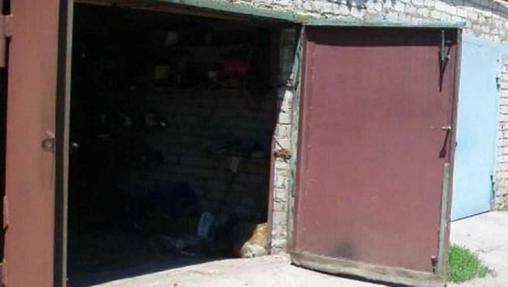 В Брянске автомастер украл машину и запчасти своей клиентки