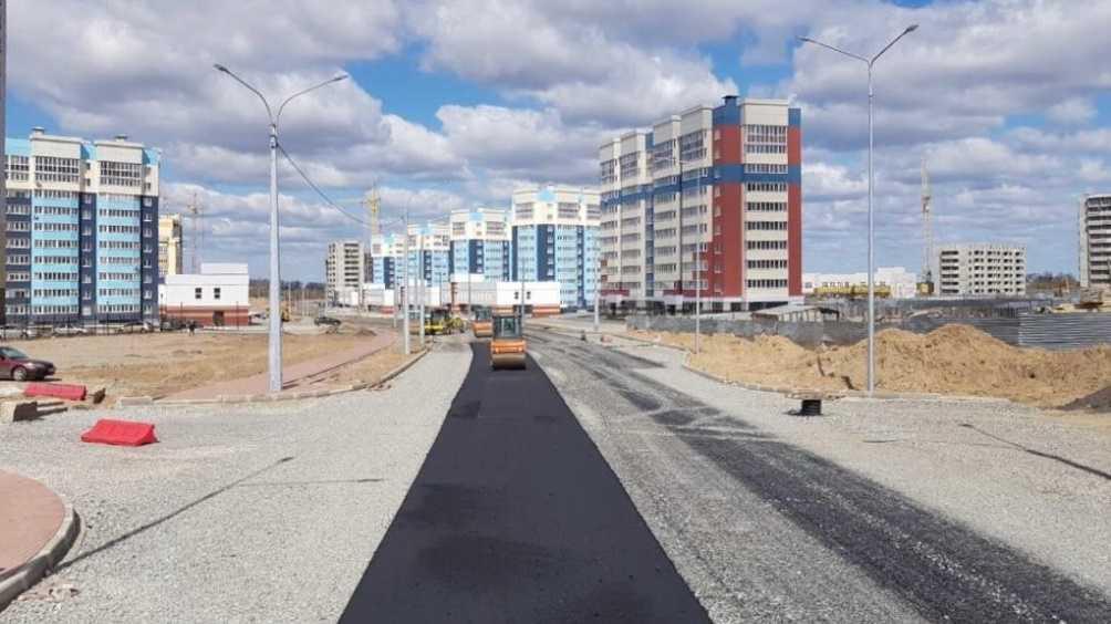 В Брянске дорогу на Советской продолжили строить с опережением графика