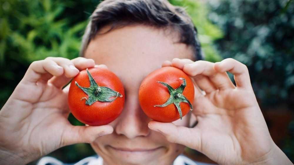 Брянцам рекомендовали налегать на овощи и фрукты во время самоизоляции
