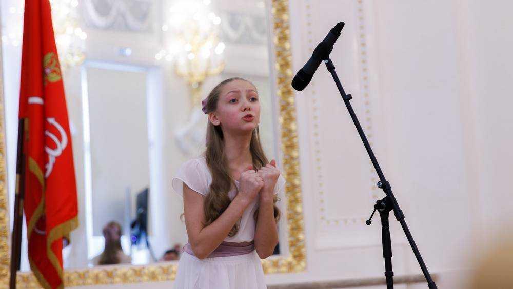 Лучшие чтецы Брянской области представят свой край на Всероссийском финале конкурса «Живая классика»