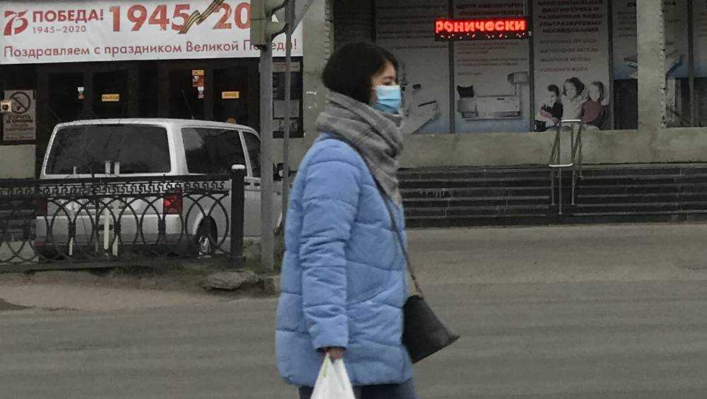 Брянские власти призвали носить маски для снижения риска заражения