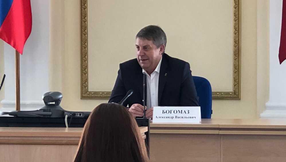 Эксперты: у брянского губернатора Богомаза стабильные позиции