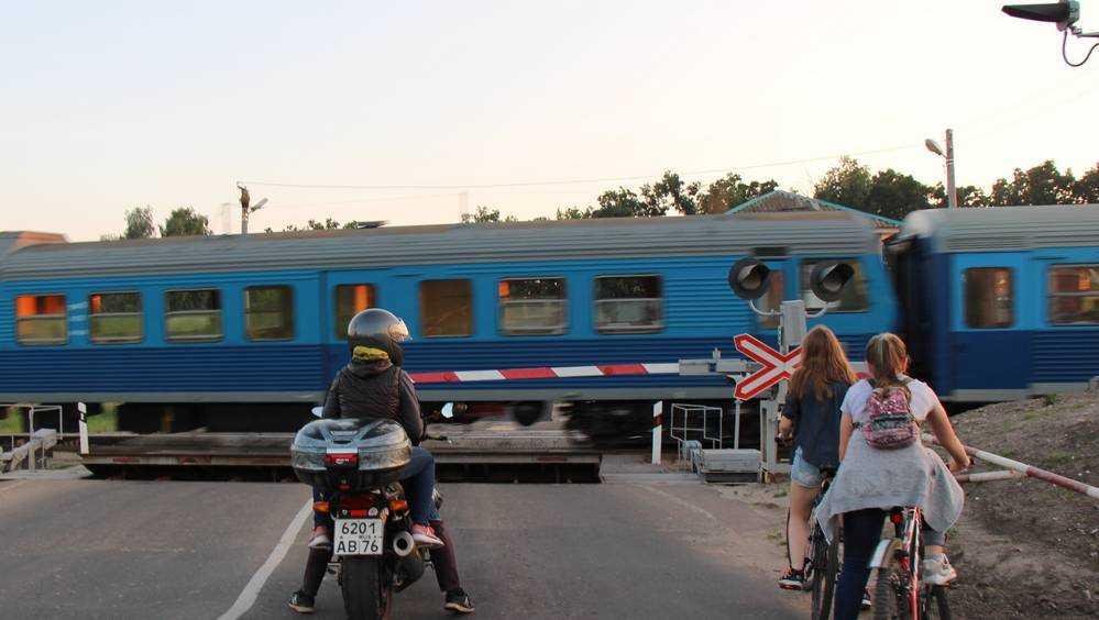 Переезд около станции Туросна в Брянской области будет закрыт на время ремонтно-путевых работ 1 и 2 июня