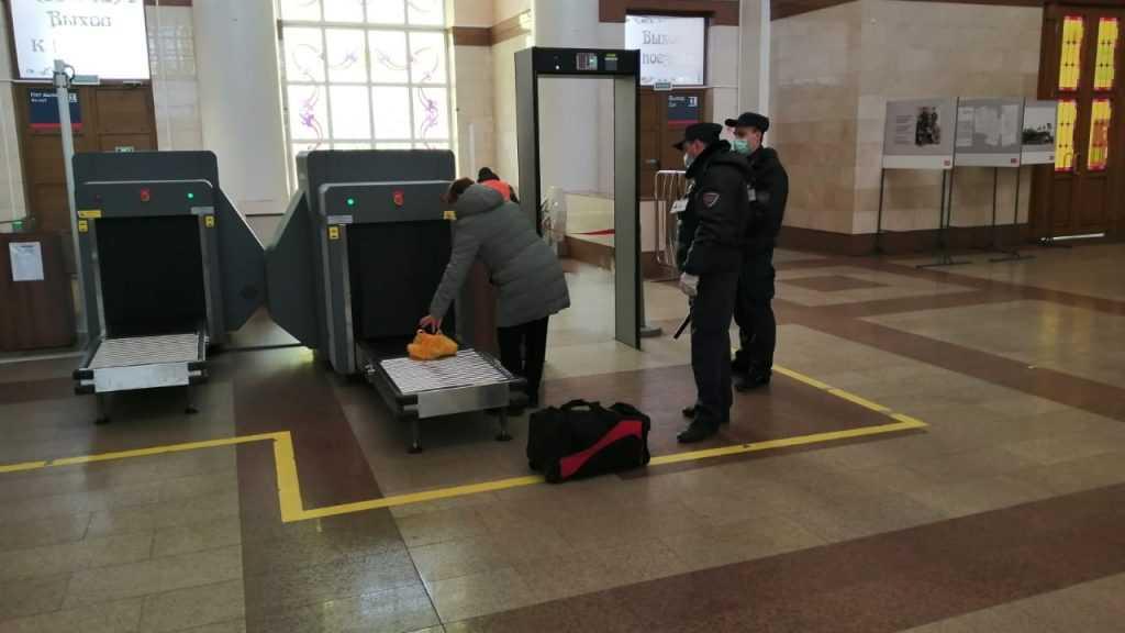 На вокзале Брянск-Орловский появились интроскопы для досмотра багажа