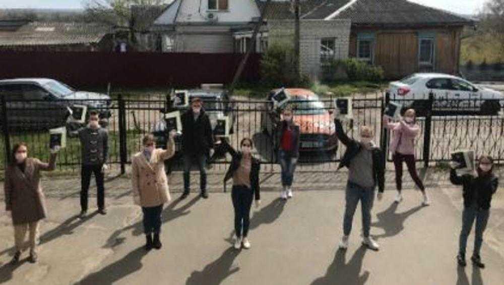 Бороться с коронавирусом вызвались 9 выпускников брянского медколледжа