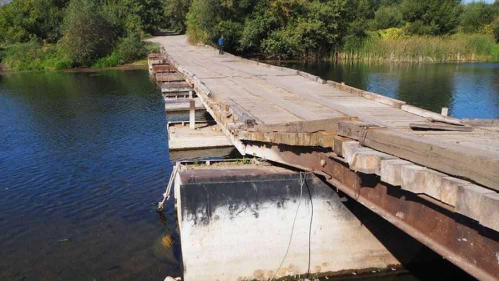 Почепским чиновникам велели отремонтировать опасный мост