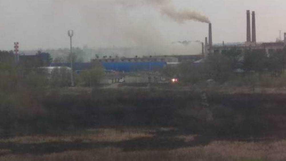 Жители Брянска рассказали о пожаре в районе мясокомбината