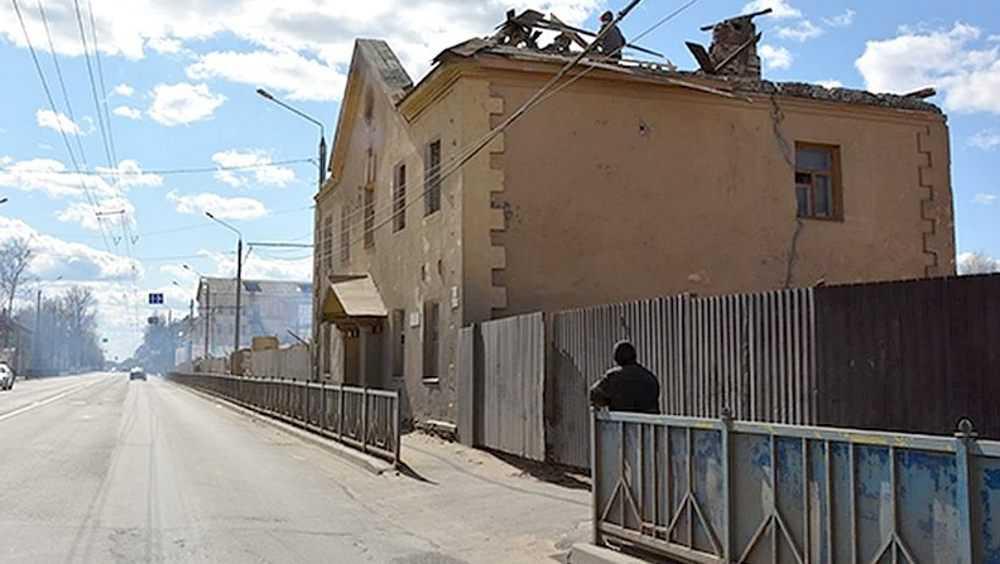 В Брянске возле «Полтинника» снесли старые двухэтажные дома