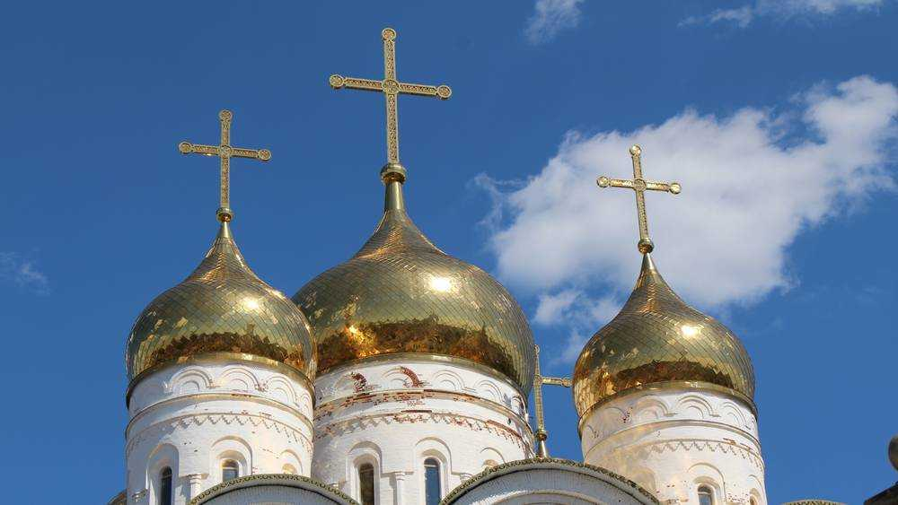 В кафедральном соборе Брянска совершат литургию в память о погибших в Казани