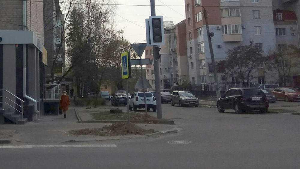В Брянске на улице Фокина установили новый светофор