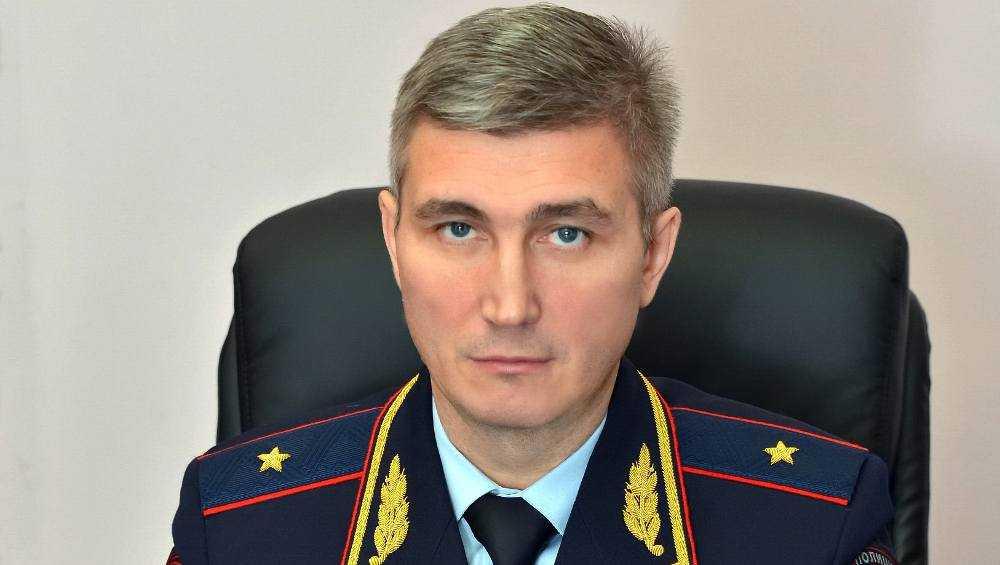 Начальнику Брянского УМВД Владиславу Толкунову исполнилось 45 лет