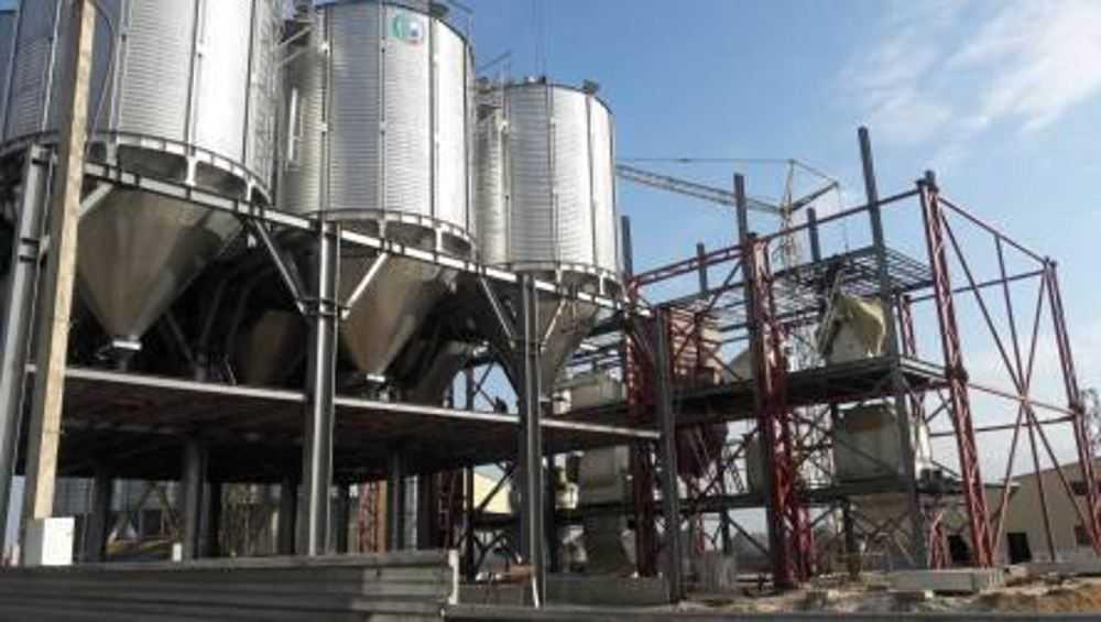 В Жирятинском районе достроят новый комбикормовый завод
