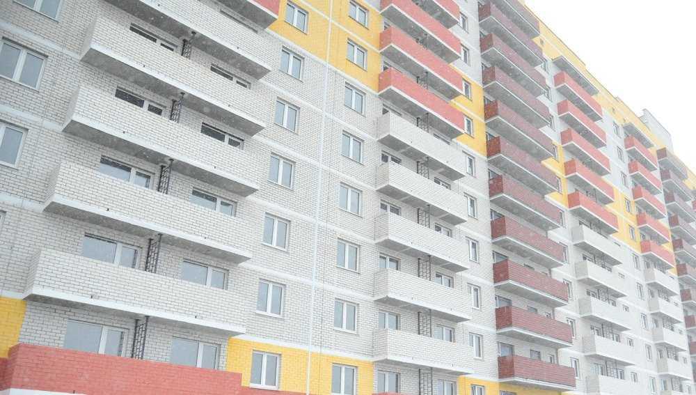 В Брянске жильцов выстраданного дома оставили без тепла и воды