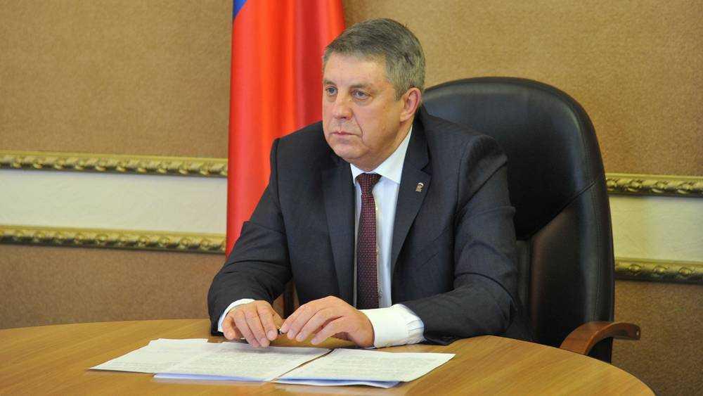 Брянский губернатор Богомаз сделал прививку от коронавируса