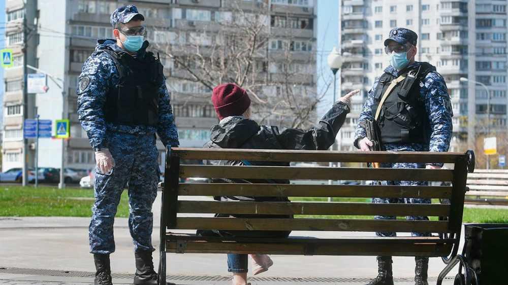 Россиян предложили строже наказывать за отсутствие маски