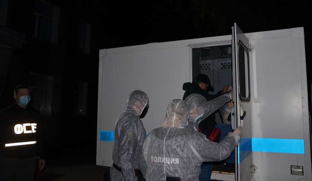 Брянские следователи опубликовали фото задержания полковника Артемова