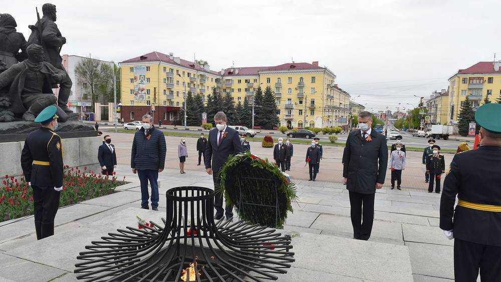Губернатор Александр Богомаз поздравил ветеранов и всех брянцев с Днем Победы