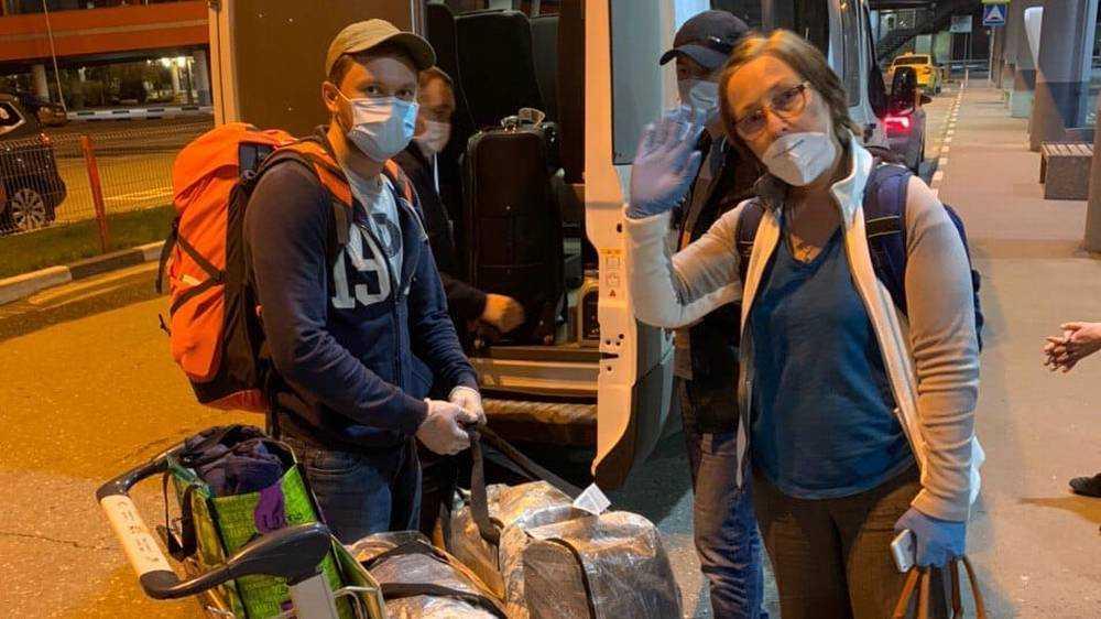 За две недели в Брянскую область из-за границы вернулись 587 человек