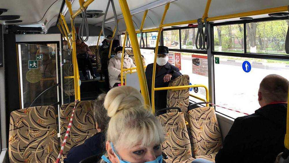 С 1 марта проезд в автобусах и троллейбусах Брянска подешевеет на 4 рубля