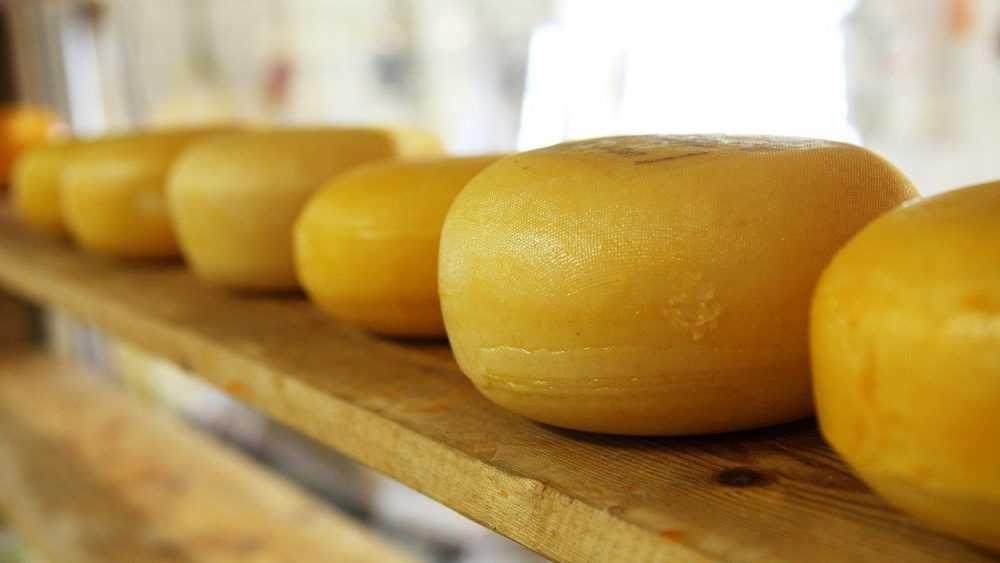 В Брянске задержали дерзкого похитителя сыра из магазина