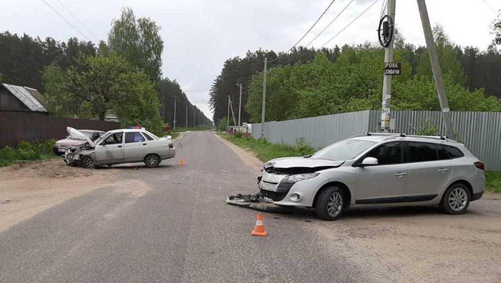 В Сельцо в тройном ДТП пострадал водитель-пенсионер