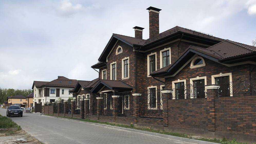 В Брянске упали цены на дворцы состоятельных господ