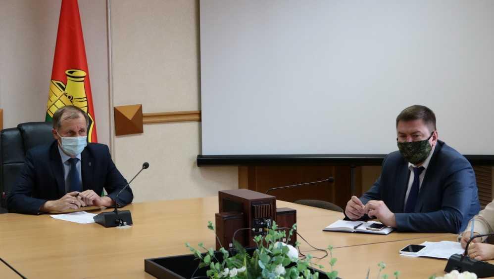 Мэр Брянска раскритиковал чиновников из-за контейнерных площадок