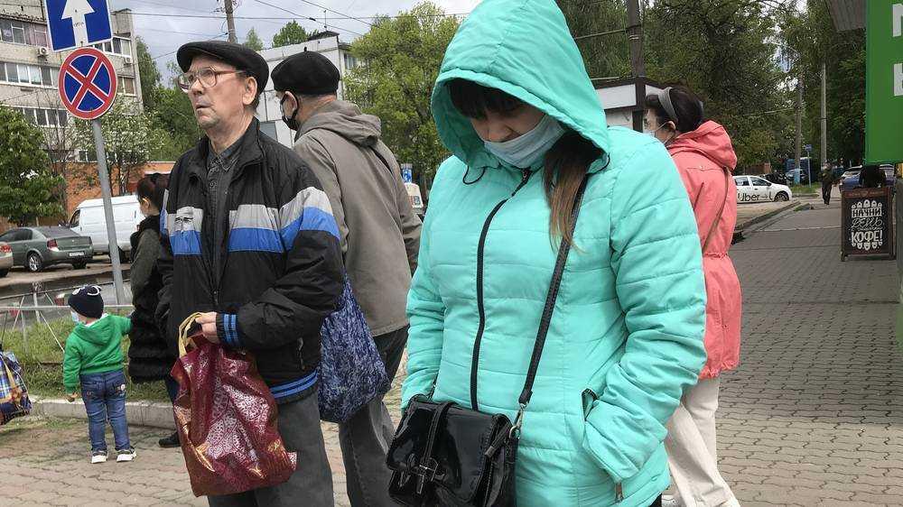 Жители Брянска очумели от масочного режима