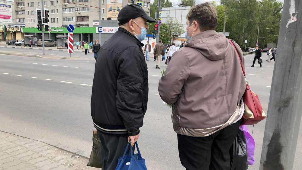 Жители Брянска радостными толпами вышли на улицу
