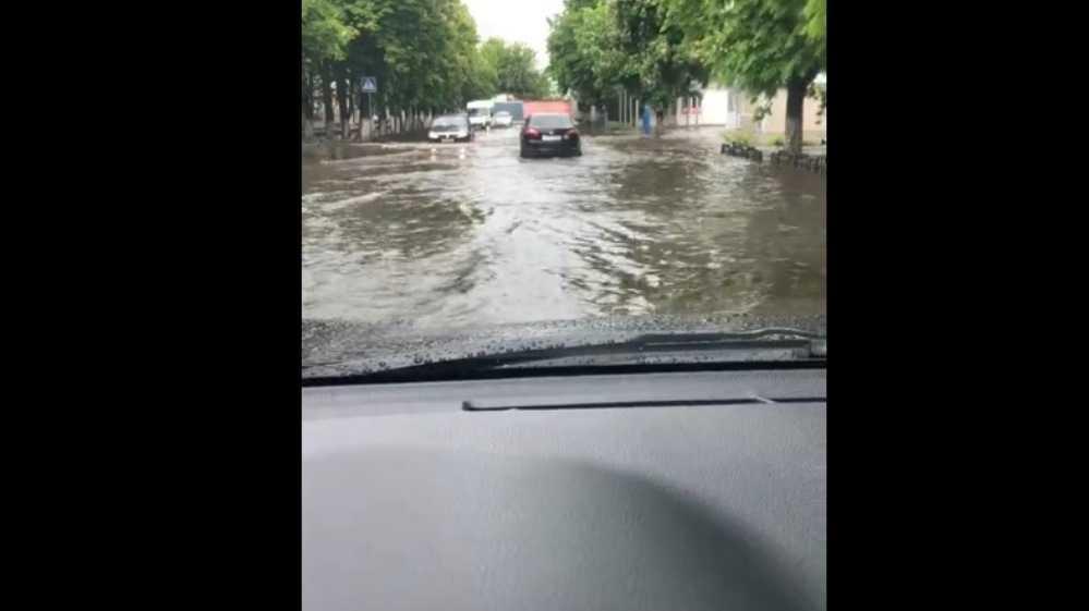Жители Брянска рассказали о потопе после ливня в Бежице