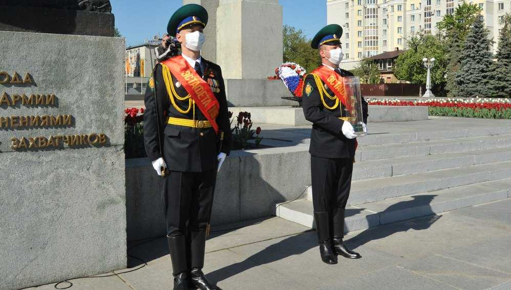 Брянские пограничники 16 мая приняли эстафету Победы
