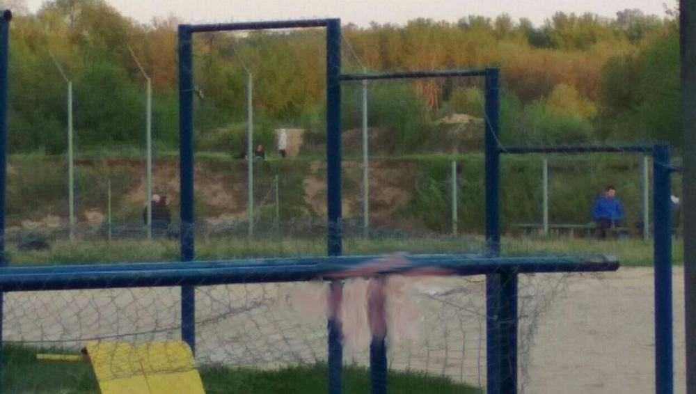 В Брянске из-за коронавируса законсервировали спортплощадку на пляже