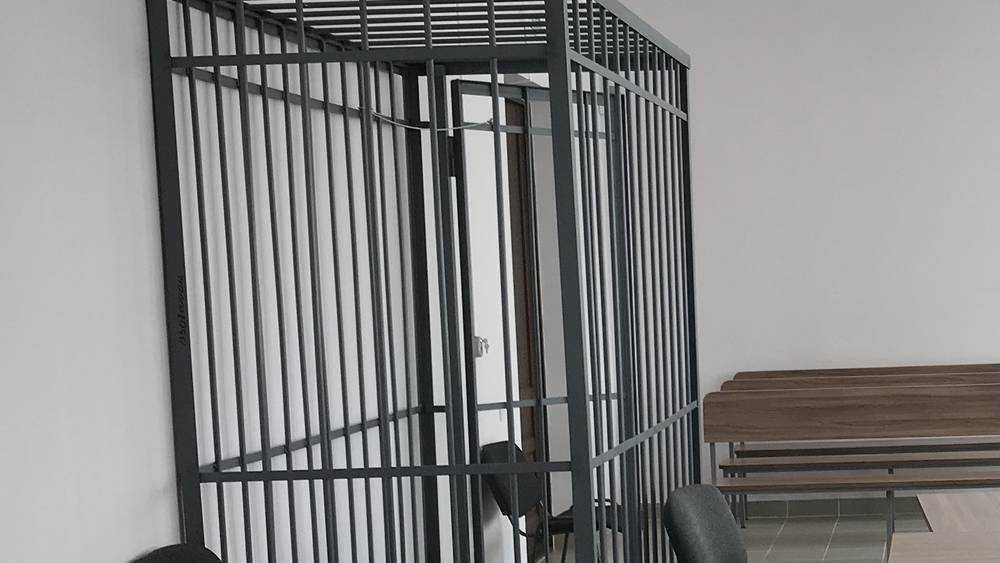 Брянский суд отправил 24-летнего парня в колонию на 6 лет за наркотики