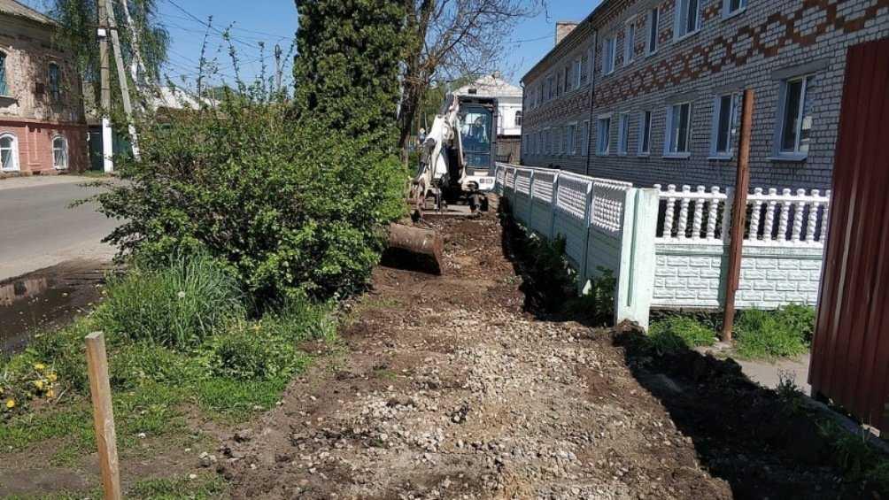 В Стародубе Брянской области приступили к ремонту тротуаров