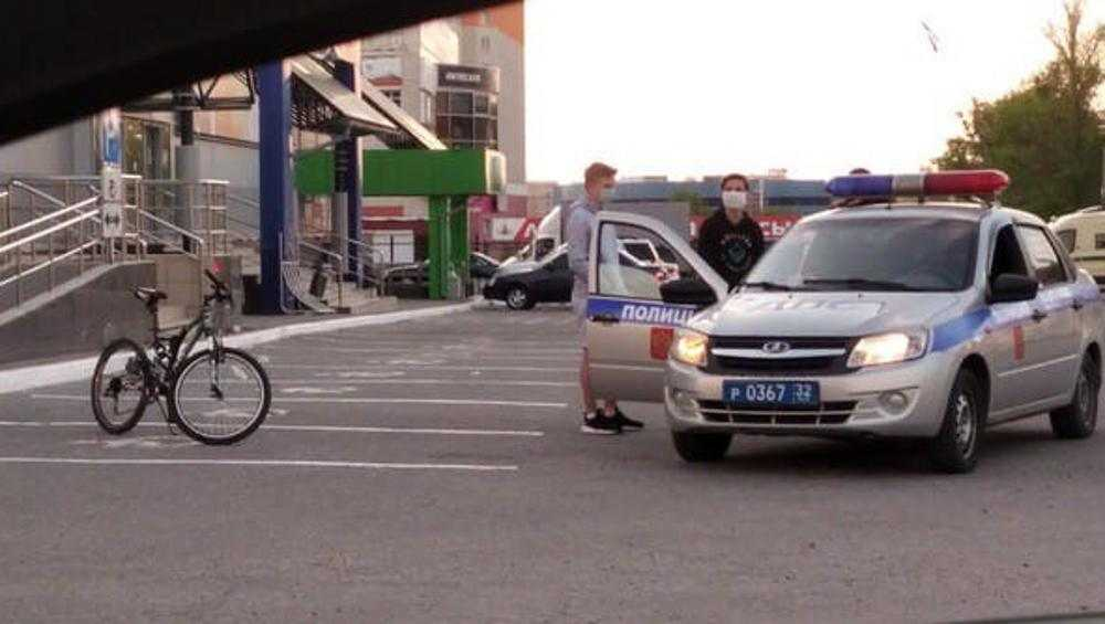 В Брянске полиция остановила нарушителей самоизоляции на велосипедах