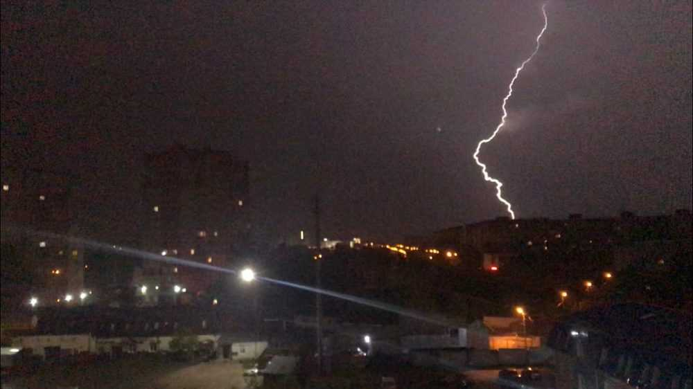 Ночью на Брянск обрушился ливень с градом
