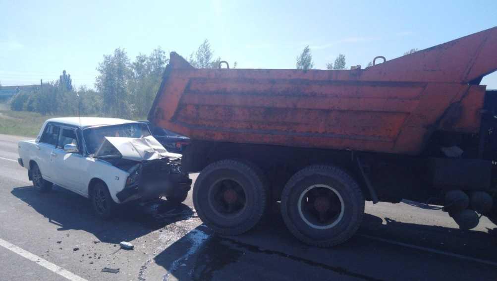 Полиция рассказала о ДТП с КамАЗом и легковушкой в Новозыбкове