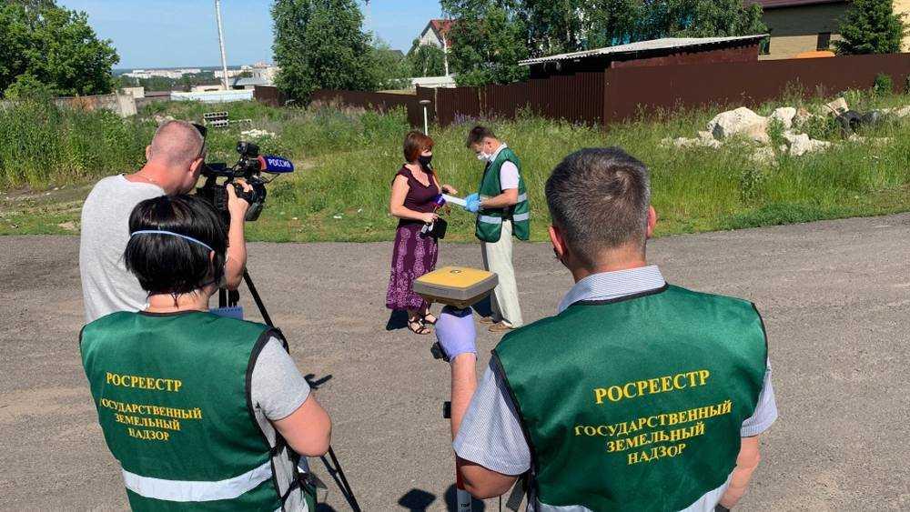 В Брянске выявили незаконный захват земли на улице Академика Сахарова
