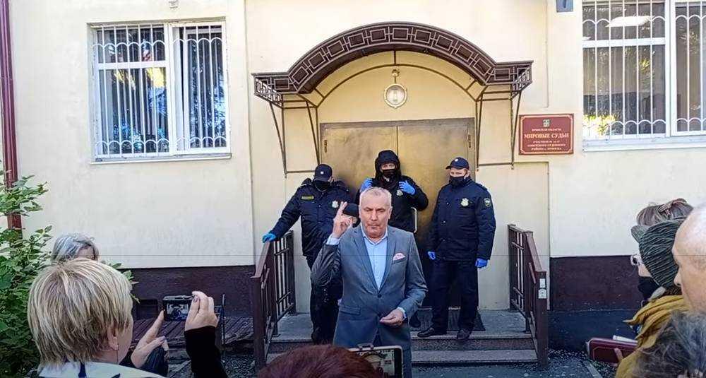В Брянске прокурор попросила для Коломейцева 1 год 10 месяцев колонии