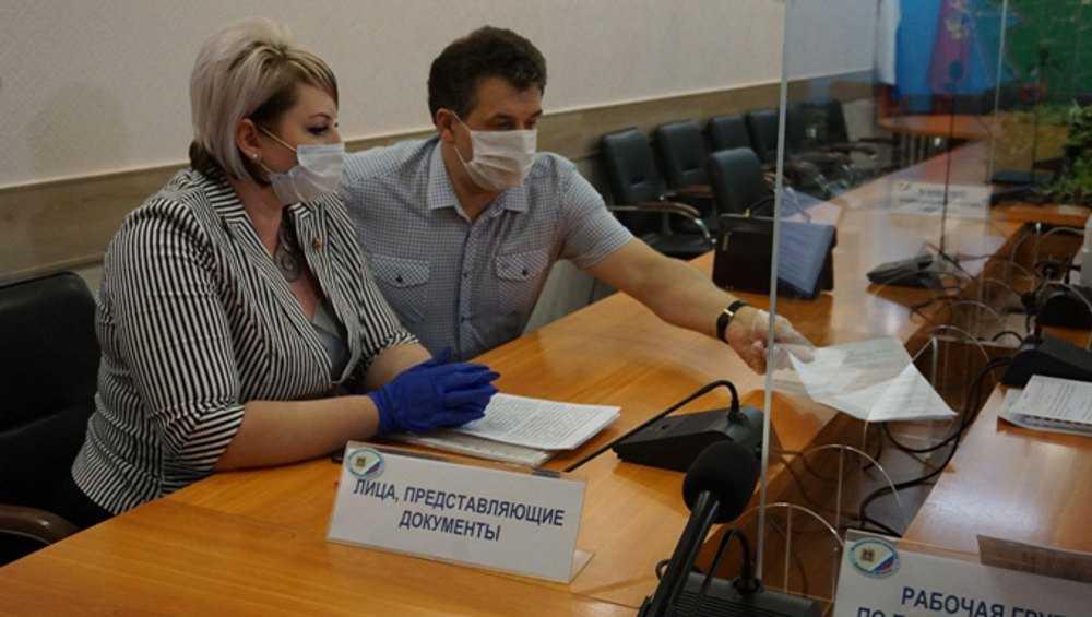 В Брянске два кандидата в губернаторы подали документы в облизбирком