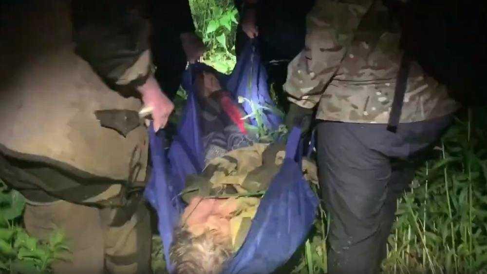 Пропавшую пенсионерку нашли живой в овраге под Брянском