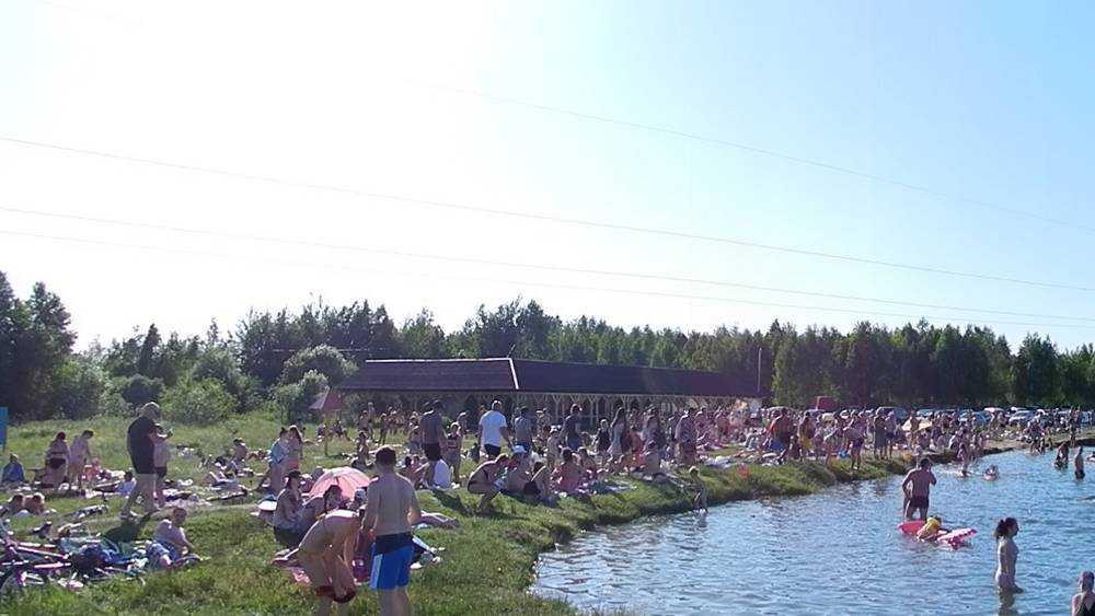 Тысячи жителей Брянска вышли на пляжи
