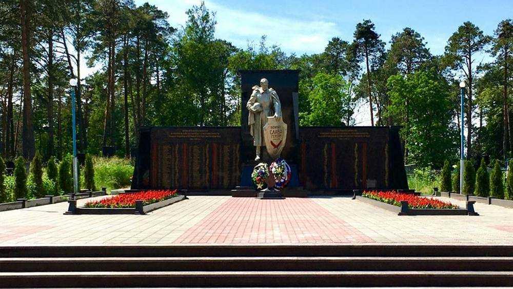 В Суражском районе обновили памятник 300 воинам