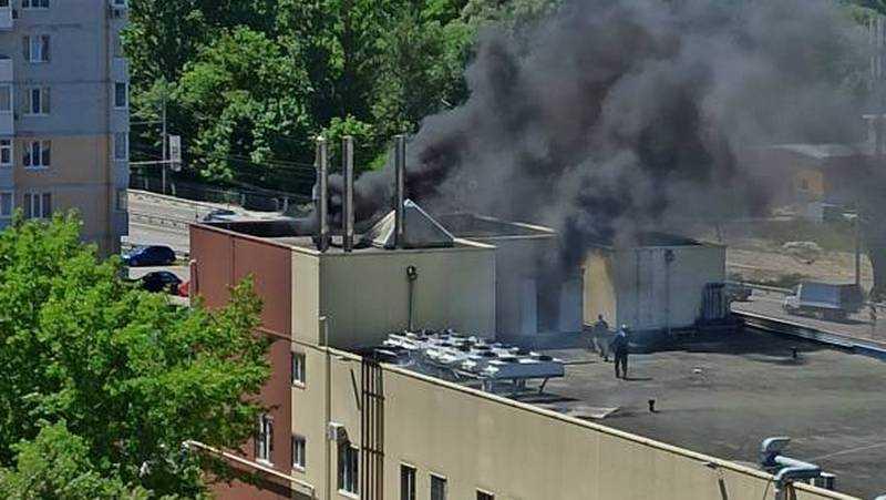 В Брянске в ТЦ «Московский» произошел пожар